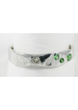 Alliance Fusion Or blanc 18 carats 750/1000 et 1 Diamants 0.05 cts G/VS1 et 3 Tsavorites 0.15cts